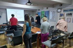 Predavanje na tečaju orijentacije